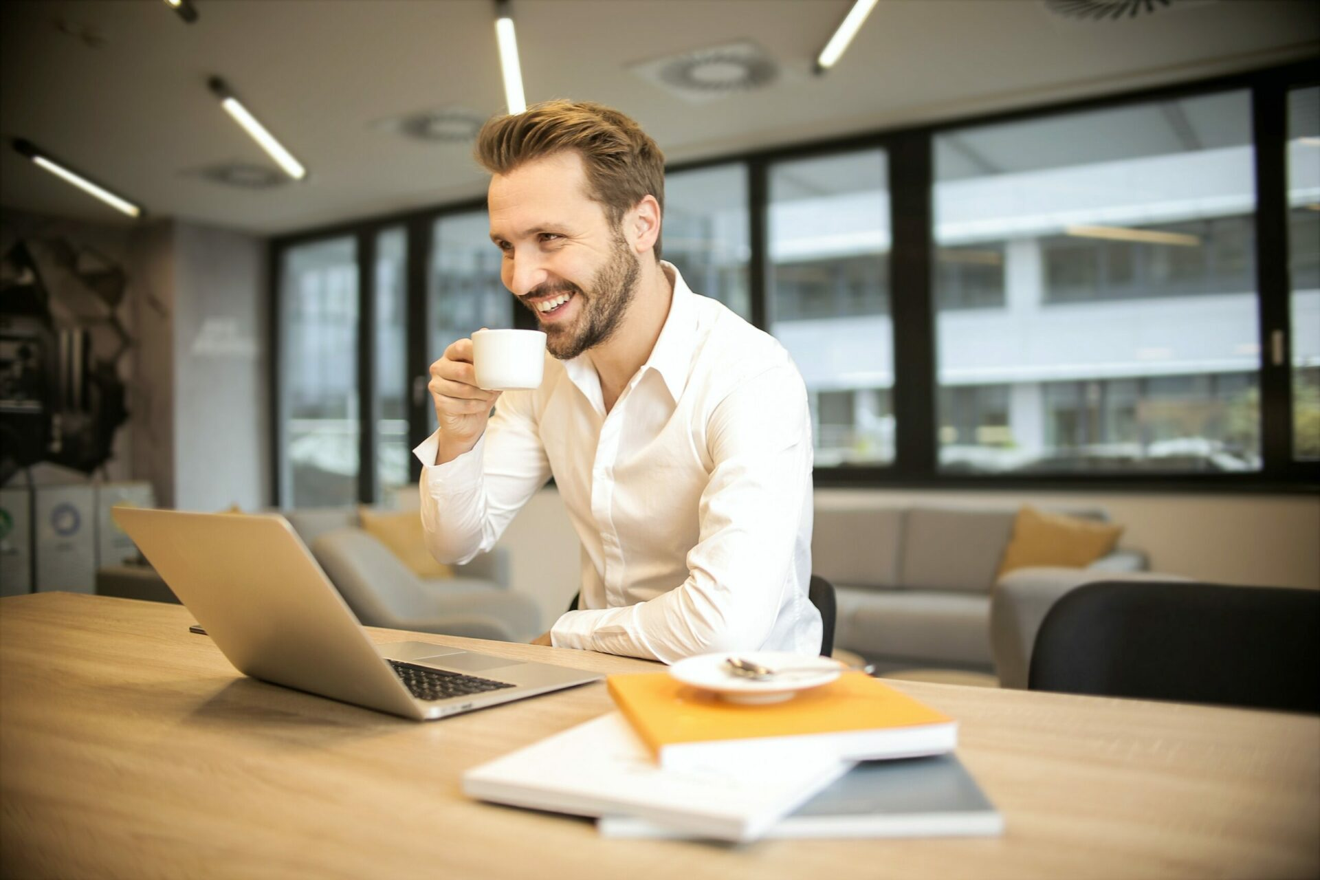 A Positive Work Attitude In The Workplace Is A Good Thing